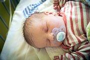 MICHAEL JUNA se narodil 10. prosince 2018 v 18.38 hodin s délkou 50 cm a váhou 3 570g. Maminka Karolína si svého prvního chlapečka odvezla do Kolína.