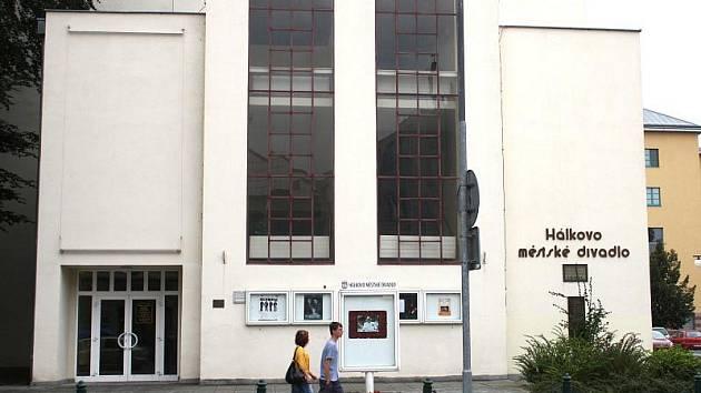 Hálkovo divadlo v Nymburce