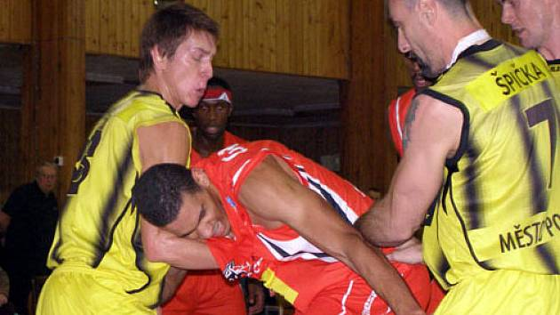 Sadská doma bojovala s Pardubicemi. Na výhru to ale nakonec nestačilo.