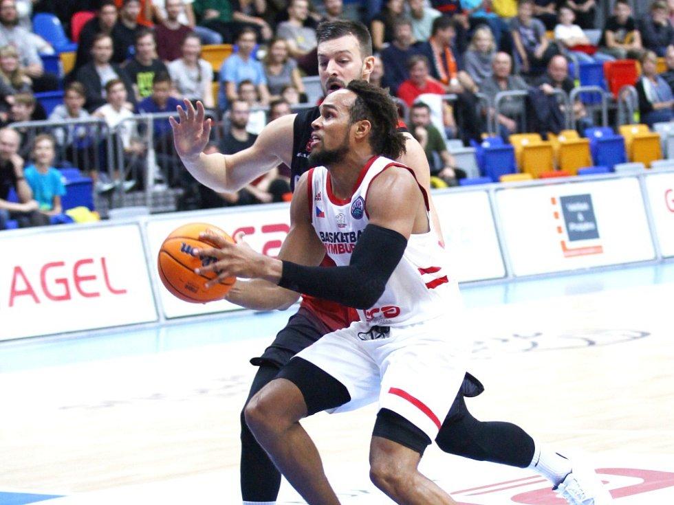 Z basketbalového utkání Ligy mistrů Nymburk - Gaziantep (74:72 pp)