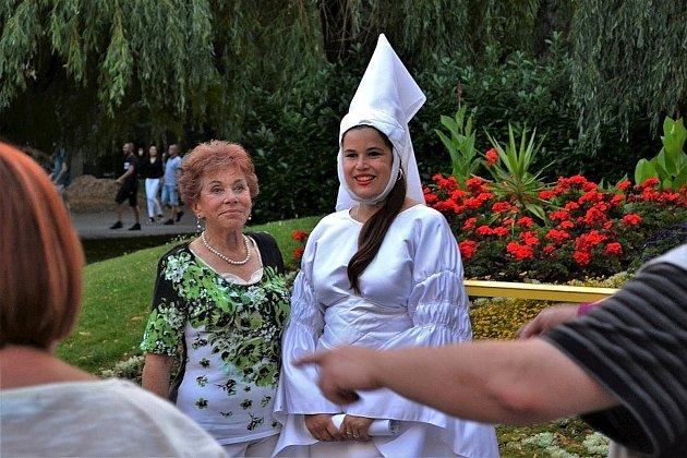 Procházky po lázeňském městě jsou letos zaměřeny na 100. výročí založení republiky.