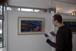Výstava představuje dílo Jiřího Kyliána.