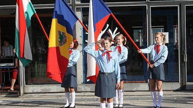 Nymburská Základní škola Letců R.A.F. oslavila 35 let od svého vzniku.