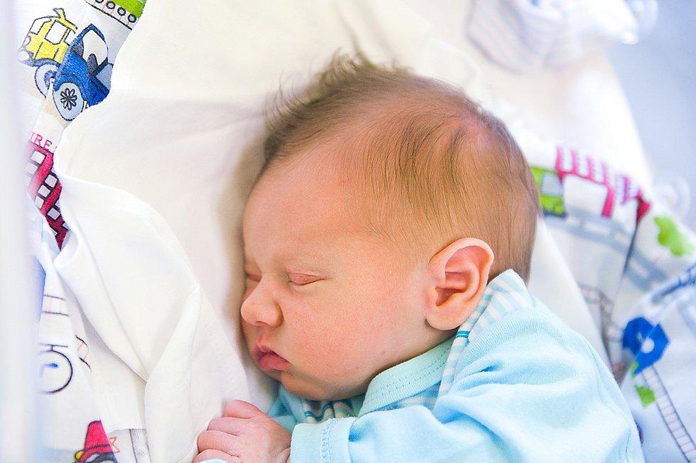 Patrik Kočí z Městce Králové se narodil v nymburské porodnici 2. dubna 2021 v 1.32 hodin s váhou 3070 g a mírou 49 cm. Z  chlapečka se radují maminka Michaela, tatínek Václav a sestřičky Viktorie (4 roky) a Eliška (2 roky).