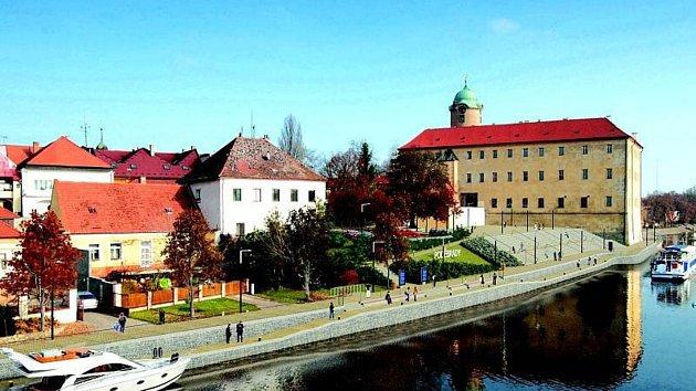 Tak by měla vypadat přístaviště v Poděbradech a Nymburce podle dřívějších vizualizací.