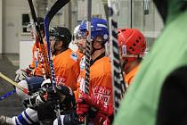 Z utkání Poděbradského hokejového poháru Pečky - Mochov (5:5)