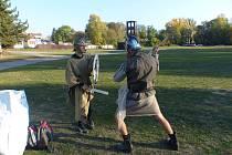 Hra s překážkami a úkoly na trati v dětech probudí malého gladiátora!