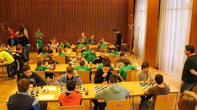 Šachisté si dali dostaveníčko v Obecním domě, kde se konalo Regionální kolo soutěže žákovských družstev.