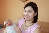 DANIEL JE NOVÝ BRÁŠKA EVŽENA. Daniel Bezručko přišel na svět 25. února 2014 ve 12.33 hodin. Po narození vážil 3 570 g a měřil 49 cm. Doma je s rodiči Natálií a Vitalijem a čtrnáctiletým bratrem Evženem v Milovicích.