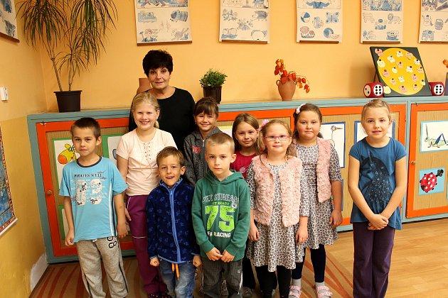 Základní škola Bobnice, třídní učitelka Dagmar Bednářová