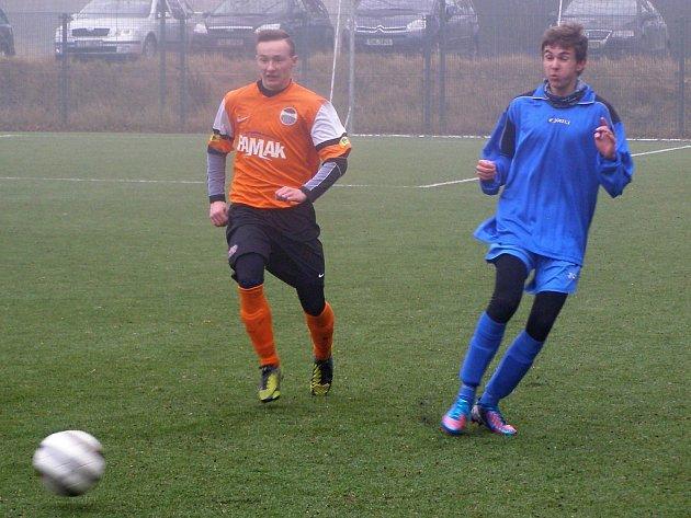 Z fotbalového utkání na kolínském zimním turnaji Libice - Kolín U19 (1:8)