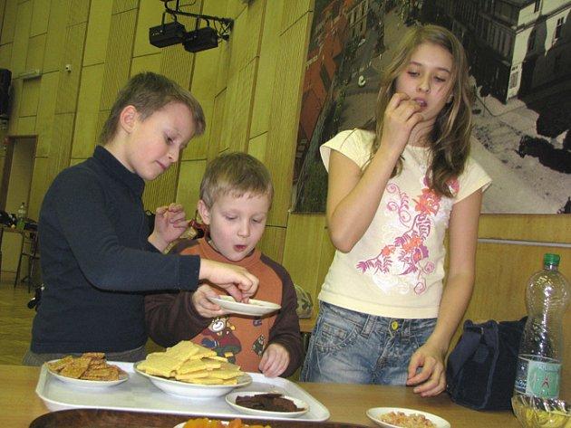 Valentýnské tvoření v Domě dětí a mládeže Nymburk bylo tvořivé a také voňavé.