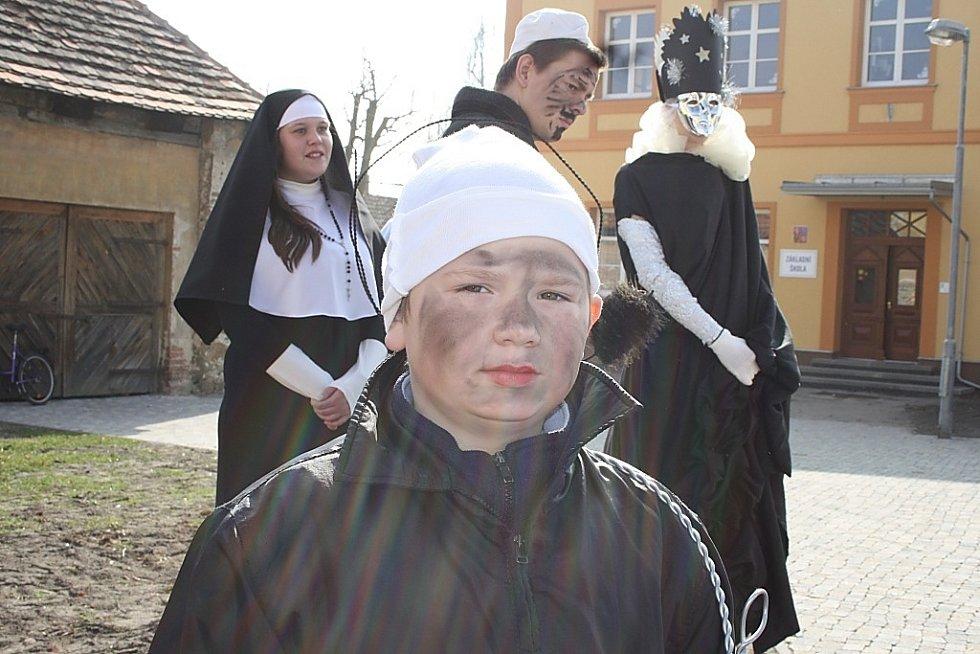 Masopust v Kostelní Lhotě se opravdu vydařil.