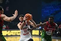 Z basketbalového utkání čtvrtfinále Final 8 Ligy mistrů Nymburk - Pinar Karsiyaka (73:84)