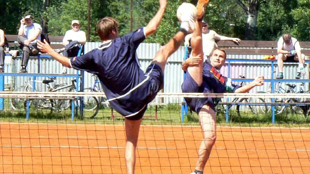 Čelákovice s Janovicemi remizovaly.