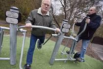 Nebudou chybět ani cvičební prvky pro dospělé.