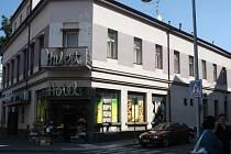 Hotel Hubert, kam by se údajně měly stěhovat romské rodiny