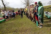 Na 200 vodáků se sešlo ke slavnostnímu odemčení Mrliny.