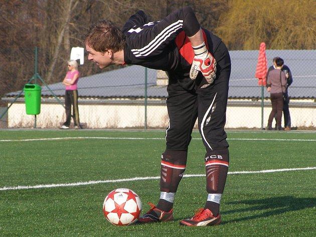 Z fotbalového utkání krajské I.A třídy Červené Pečky - Poděbrady (2:2)