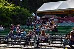 Festival Lysá žije zaplnil zámecký park.