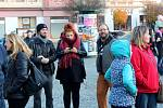 V Nymburce vyvrcholily oslavy 30. výročí Sametové revoluce v neděli odpoledne průvodem a shromážděním na náměstí.
