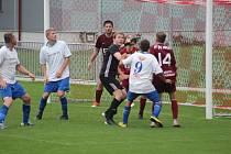 Z fotbalového utkání okresního přeboru Bohemia Poděbrady B - Vykáň