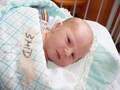 JAN JE J.Š. JAKO TÁTA. Jan ŠMÍD se narodil předposlední dubnový den roku 2015 v 9.04 hodin, vážil 3 860 g a měřil 50 cm. Je prvním miminkem mámy Kristýny a táty Jindřicha z Milovic. Klouček je Jan také proto, aby měl s tátou stejné iniciály JŠ.