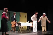 Na Klicperových divadelních dnech se představil také Divadelní spolek Bystřice u Benešova se hrou Aloise Jiráska Lucerna.