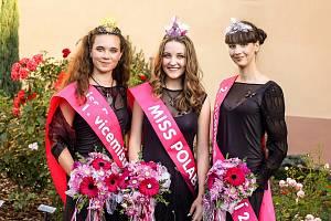 Soutěž Miss Polabí se uskutečnila už potřinácté v poděbradském divadle Na Kovárně.