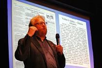 Historik Michal Plavec.