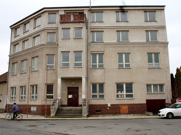 V někdejším hotelu Paříž mají být sociální byty