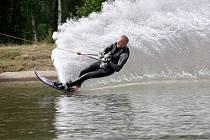 Letní adrenalin na vodě