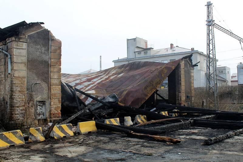 Požárem zničená bývalá výtopna na sídlišti Jankovice v Nymburce.
