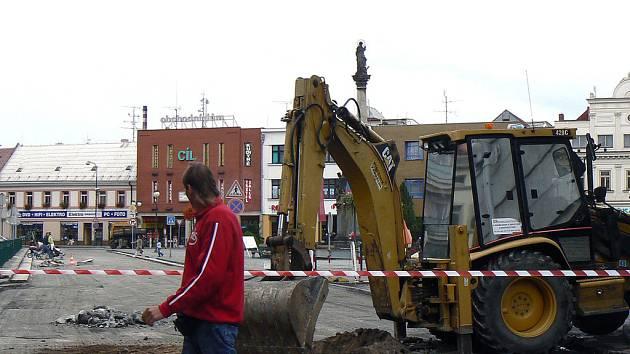 Uzavírka se týká i nymburského náměstí.