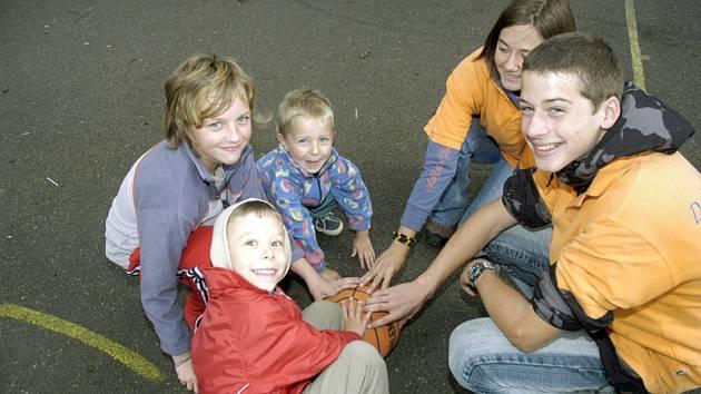Skauti pořádají hry pro děti