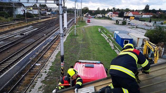 Zásah drážních hasičů. Archivní foto jednotky HZS SŽDC Nymburk.