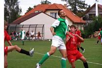 Fotbalisté Lysé nad Labem mohli v duelu se zkušenějšími Semicemi nabrat cenné zkušenosti.