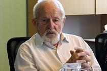 Profesor Zdeněk Jičínský