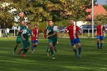 Z fotbalového utkání I.B třídy Pátek - Sadská (1:2)