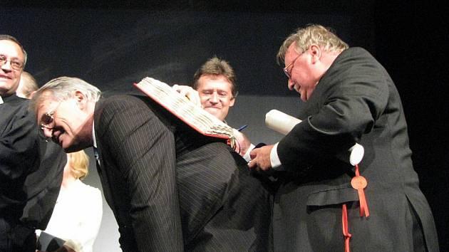 Galavečer Hálku a Hlaholu v nymburském Hálkově divadle