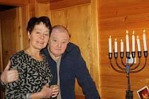 Jelínkovi, kteří slaví židovský svátek i  křesťanské Vánoce