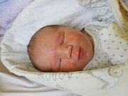 DANIEL HRUBÝ se narodil 25. března 2018 ve 3.16 hodin s délkou 50 cm a váhou 3 560 g. Rodiče Josef a Petra a tříletá sestřička Deniska z Milovic už se na chlapečka moc těšili.