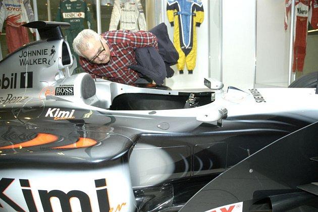 Na lyském výstavišti začala výstava Rychlá kola