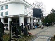 Nymburské krematorium - Před rokem zde probíhalo natáčení seriálu Pustina.