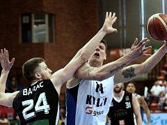 Z druhého utkání play off Kooperativa NBL mezi celky Nymburka a Kolína