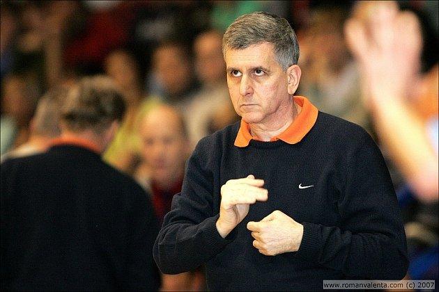 Trenér nymburských basketbalistů Muli Katzurin.