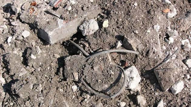 Kabely a jiné těžké kovy