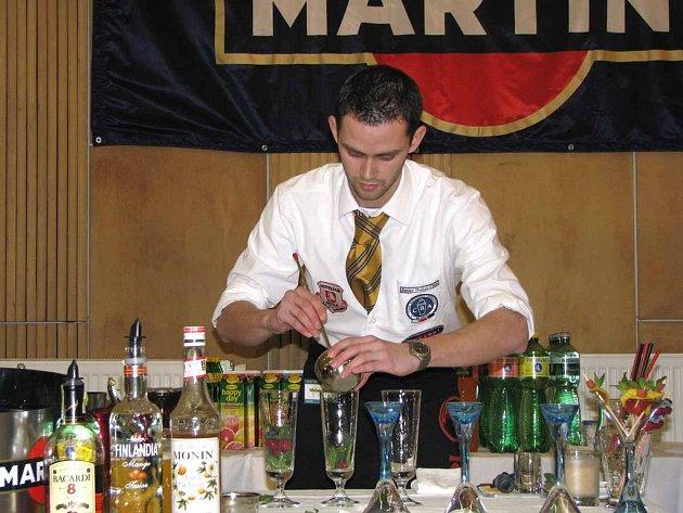 V Poděbradech soutěžili mladí barmani