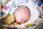 Marek Kuchař, Písková Lhota Narodil se 12. října 2020 v 9.02 hodin s váhou 3 340g a mírou 50 cm. Chlapeček se narodil do rodiny Pavlíny a Martina a sestřičky Daniely (4 roky).