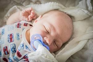 Tadeáš Rybín, Nymburk. Narodil se 10. srpna 2019 ve 20.14 hodin, vážil 3 830g a měřil 51 cm. Společně s rodiči Andreou a Tomášem se raduje Matyášek (6 let).